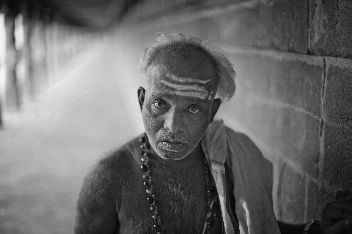 Temple Priest. Tiruchirappalli, Tamil Nadu, India